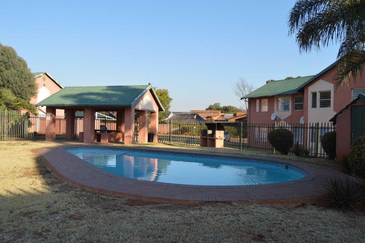 Village Green Pool